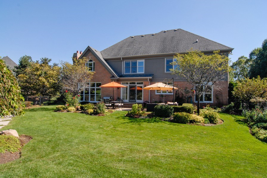 Real Estate Photography - 38W613 Clubhouse Dr, St Charles, IL, 60175 - Rear View