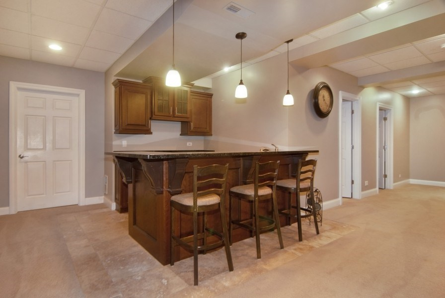Real Estate Photography - 38W613 Clubhouse Dr, St Charles, IL, 60175 - Bar