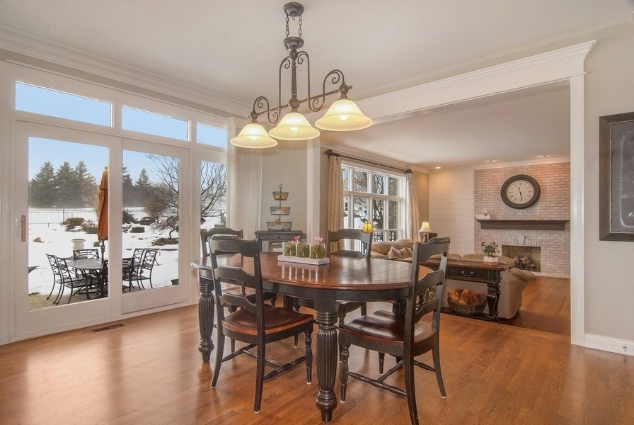 Real Estate Photography - 38W613 Clubhouse Dr, St Charles, IL, 60175 - Breakfast Nook