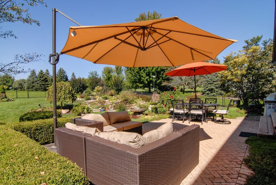 Real Estate Photography - 38W613 Clubhouse Dr, St Charles, IL, 60175 - Patio