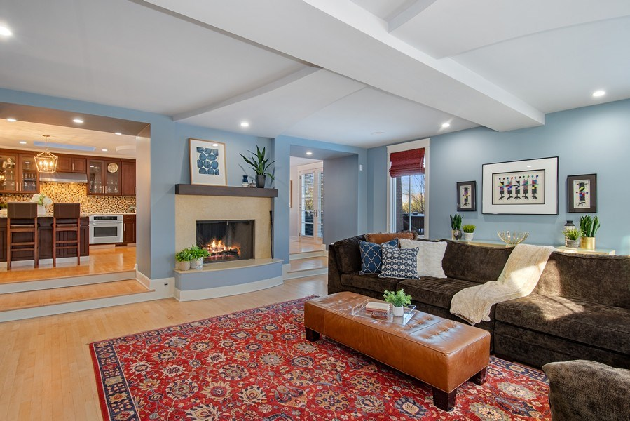 Real Estate Photography - 1509 E Eton Dr, Arlington Heights, IL, 60004 - Family Room