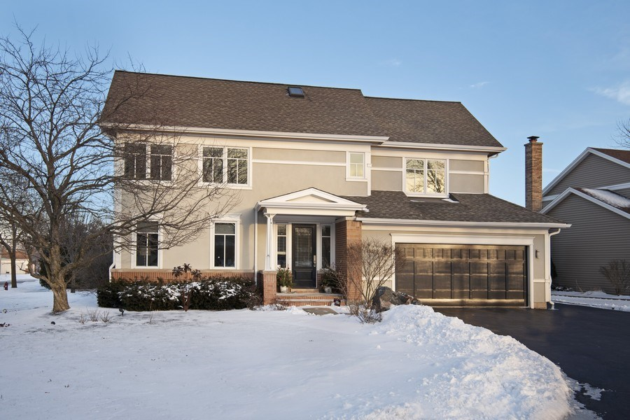Real Estate Photography - 1509 E Eton Dr, Arlington Heights, IL, 60004 - Front View