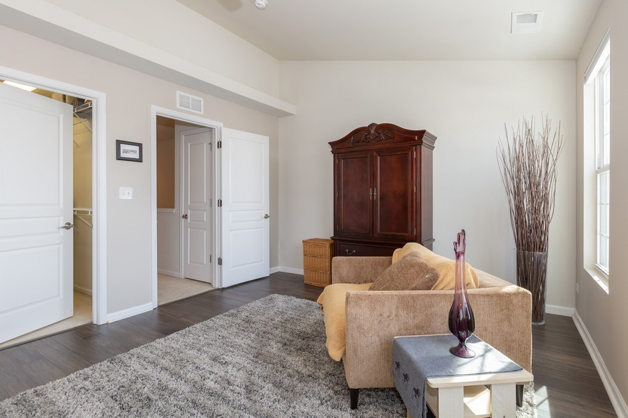 Real Estate Photography - 1117 Chelsea, Lake Zurich, IL, 60047 - Master Bedroom