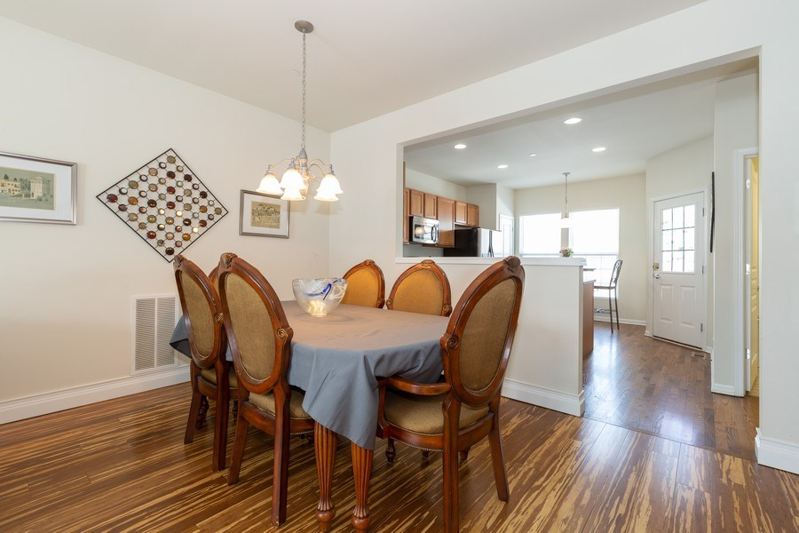 Real Estate Photography - 1117 Chelsea, Lake Zurich, IL, 60047 - Dining Room