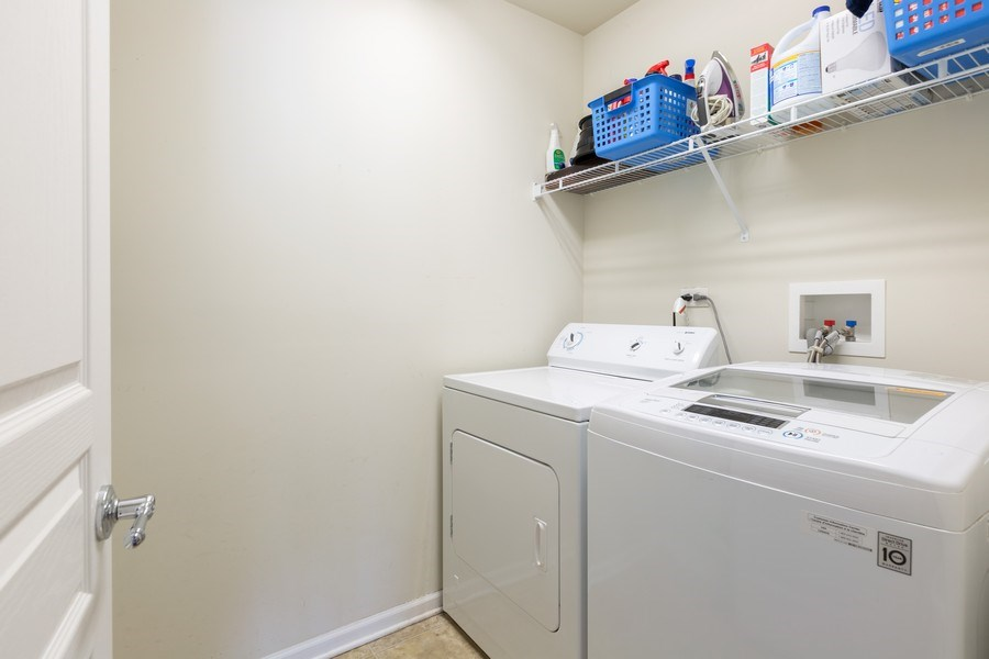 Real Estate Photography - 1117 Chelsea, Lake Zurich, IL, 60047 - Laundry Room