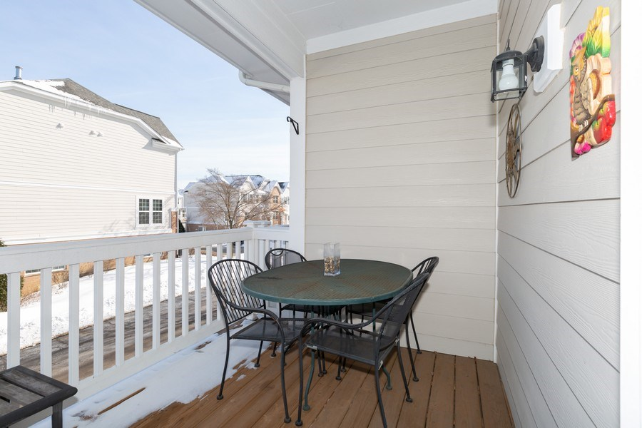 Real Estate Photography - 1117 Chelsea, Lake Zurich, IL, 60047 - Deck