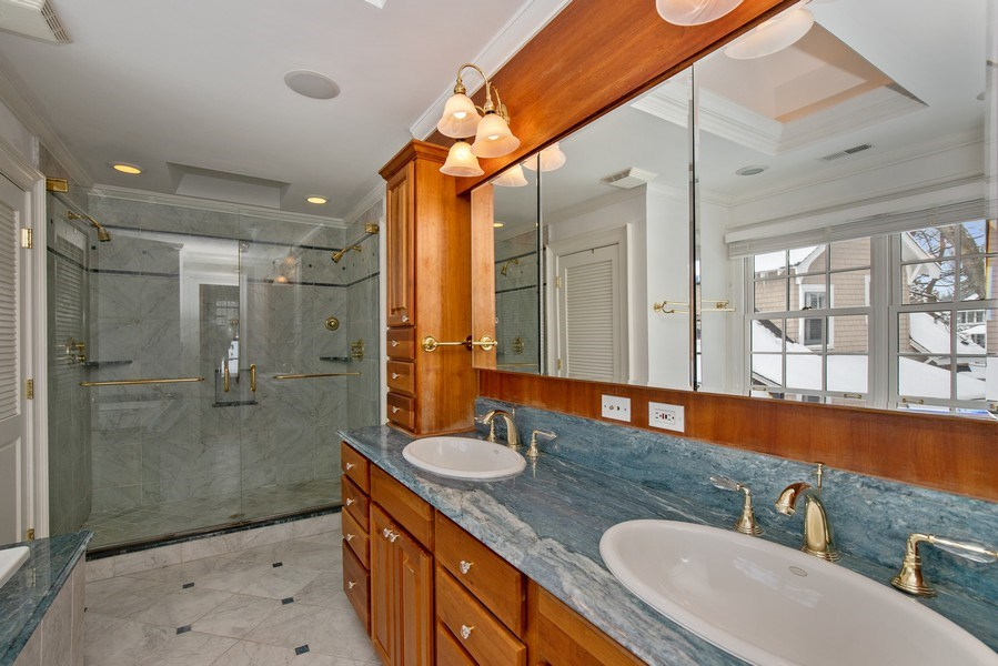 Real Estate Photography - 508 Ryan Place, lake forest, IL, 60045 - Master Bathroom - Shower
