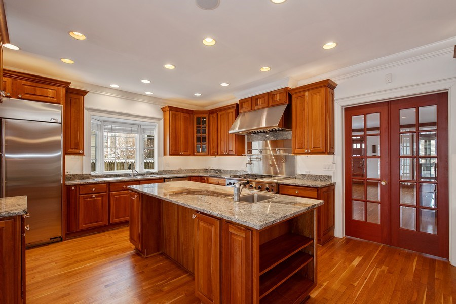 Real Estate Photography - 508 Ryan Place, lake forest, IL, 60045 - Kitchen