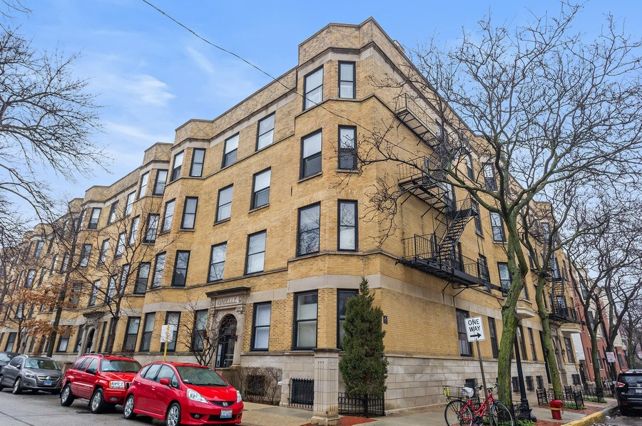 Real Estate Photography - 1701 N Crilly Court, 3W, Chicago, IL, 60614 - Front View