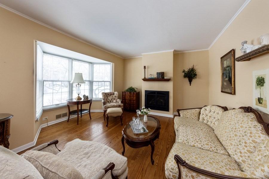Real Estate Photography - 608 E Oakton, Arlington Heights, IL, 60004 - Living Room
