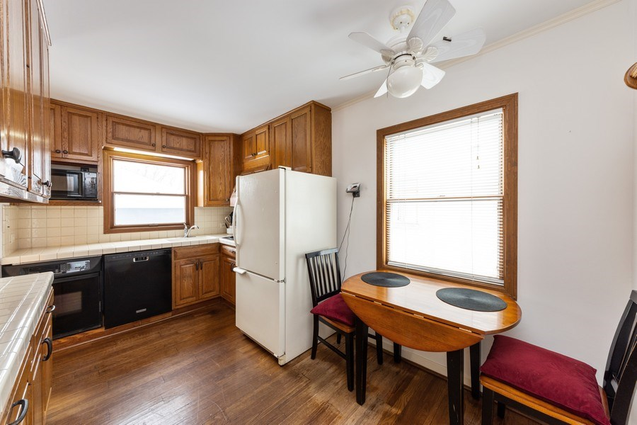 Real Estate Photography - 608 E Oakton, Arlington Heights, IL, 60004 - Kitchen / Breakfast Room