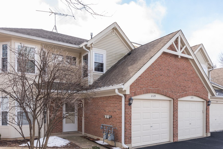 Real Estate Photography - 2129 Aberdeen Ct., Hanover Park, IL, 60133 - Front View