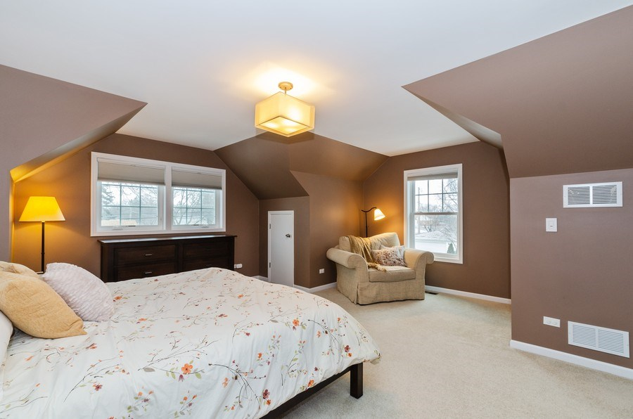 Real Estate Photography - 602 S Vail Ave, Arlington Heights, IL, 60005 - Master Bedroom