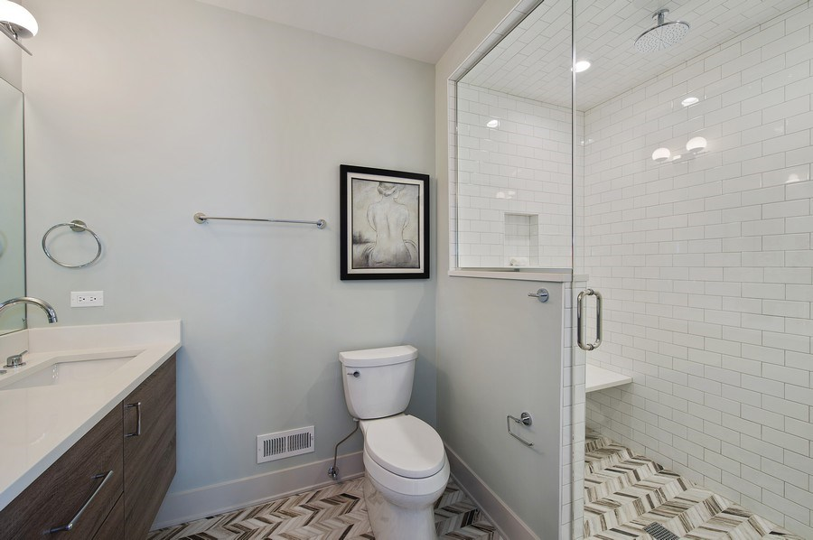 Real Estate Photography - 3828 N. Racine #2, Chicago, IL, 60613 - Master Bathroom
