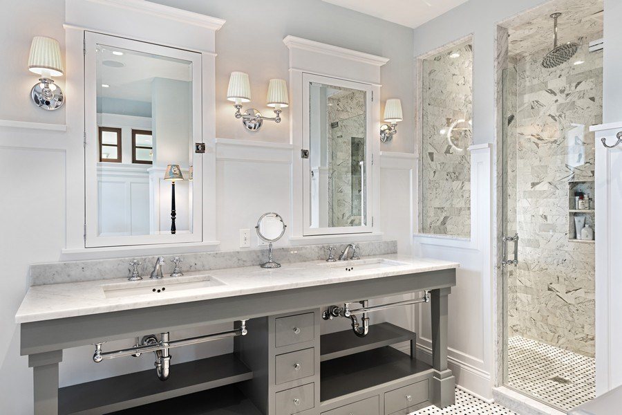 Real Estate Photography - 5402 North Magnolia, Chicago, IL, 60640 - Master Bathroom