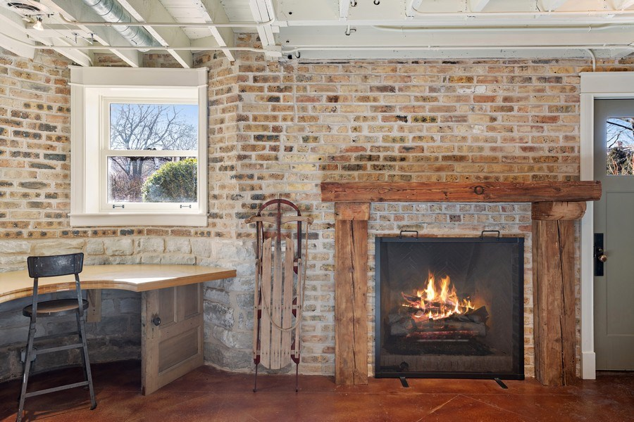 Real Estate Photography - 5402 North Magnolia, Chicago, IL, 60640 -
