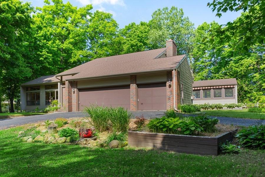 Real Estate Photography - 4486 Greenwood Drive, Benton Harbor, MI, 49022 - Front View