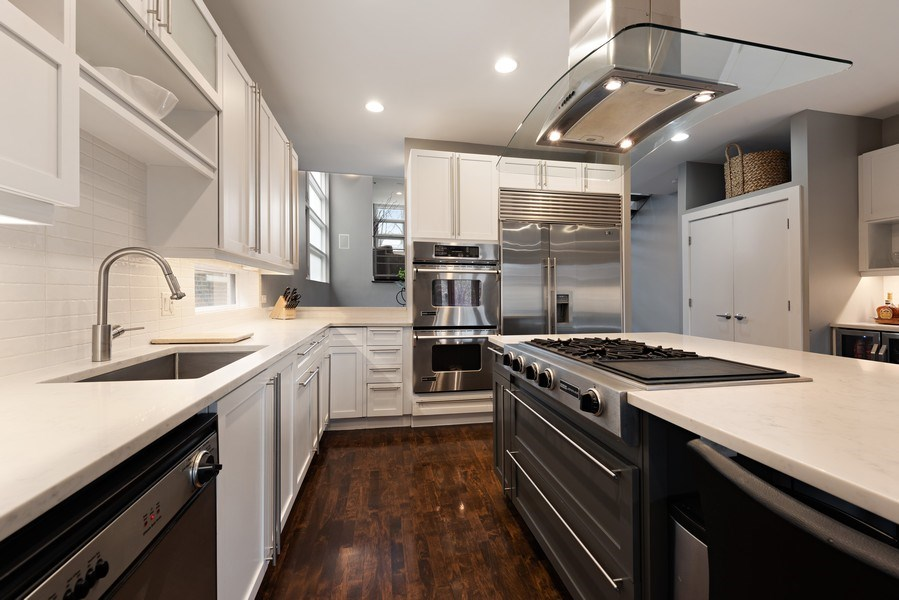 Real Estate Photography - 1734 N. Winchester Ave., Chicago, IL, 60622 - Kitchen