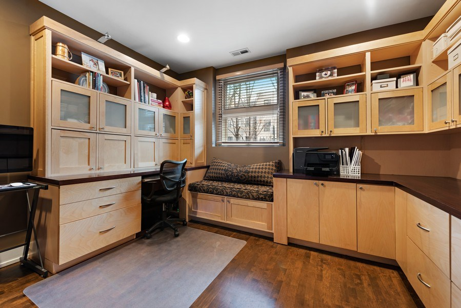 Real Estate Photography - 1734 N. Winchester Ave., Chicago, IL, 60622 - Office