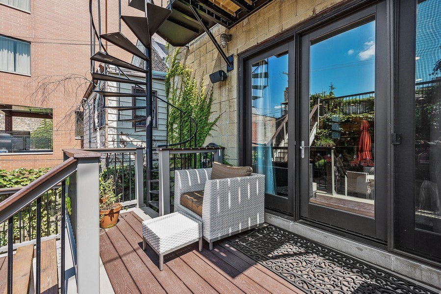 Real Estate Photography - 1734 N. Winchester Ave., Chicago, IL, 60622 - Deck