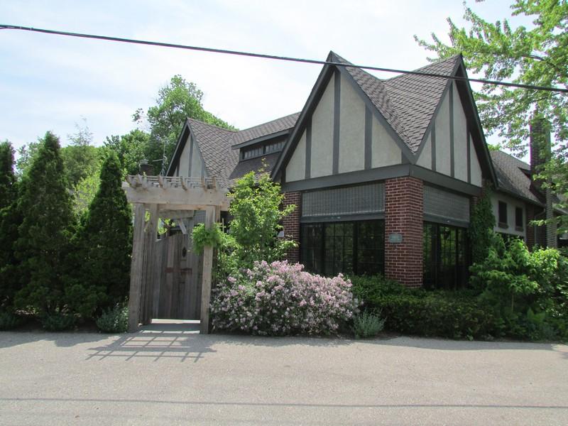 Real Estate Photography - 14950 Lakeside Road, Lakeside, MI, 49116 -