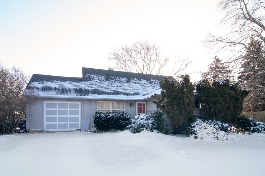 Real Estate Photography - 1821 N Verde Ave, Arlington Heights, IL, 60004 - Front View