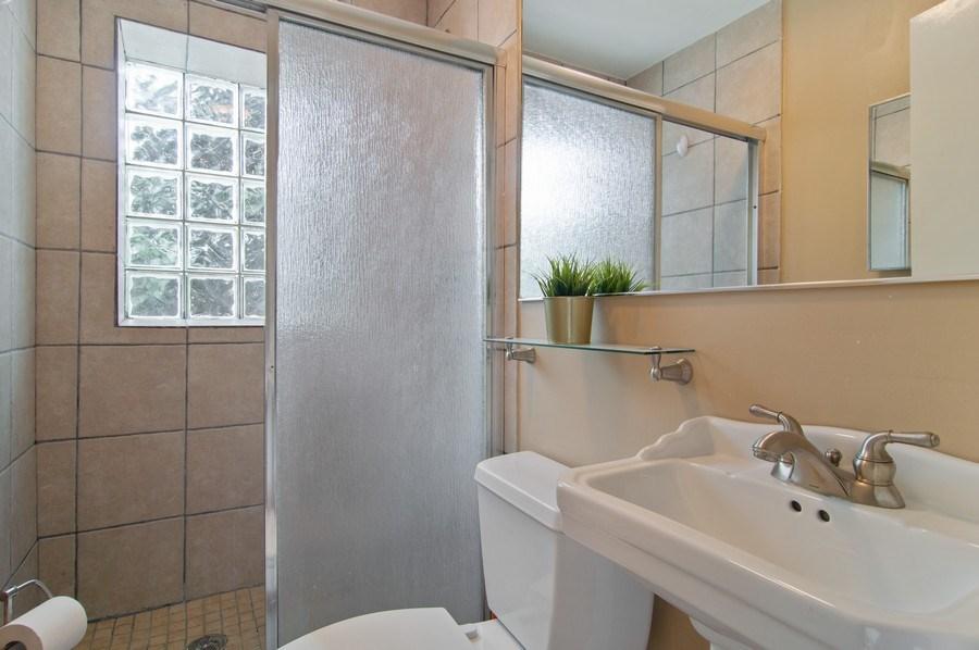 Real Estate Photography - 1625 N. Dayton St., Chicago, IL, 60614 - Unit 2 - 3rd Bathroom