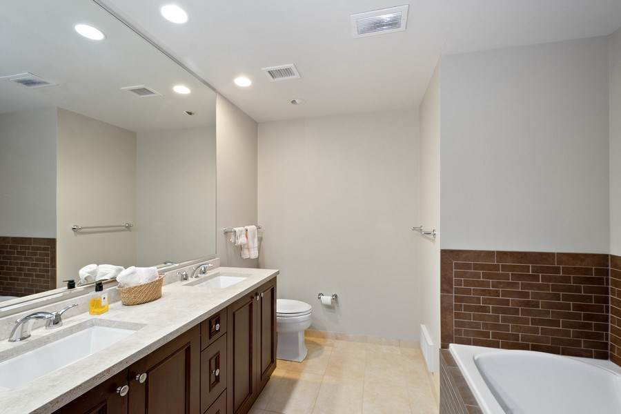 Real Estate Photography - 60 e monroe #3507, Chicago, IL, 60603 - Master Bathroom