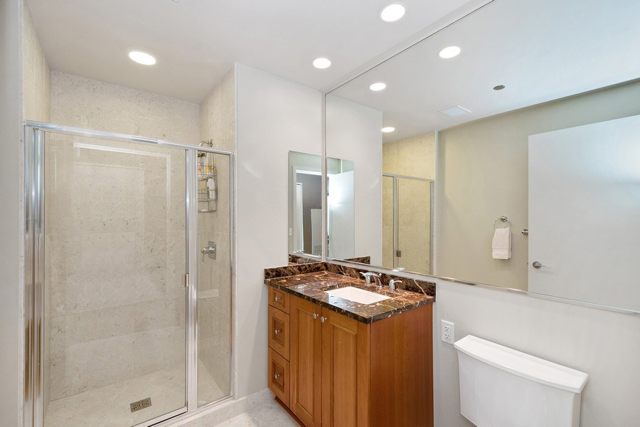 Real Estate Photography - 60 e monroe #3507, Chicago, IL, 60603 - Bathroom