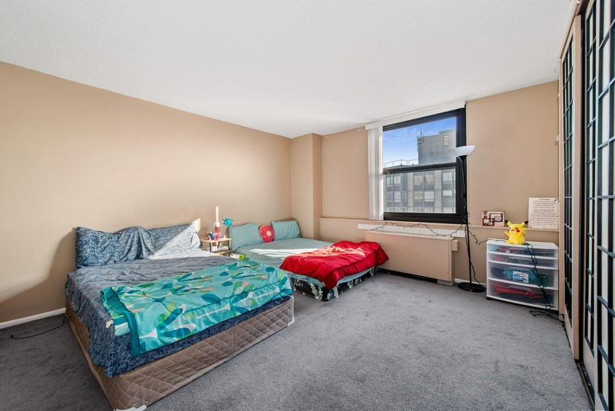 Real Estate Photography - 5701 N Sheridan Rd, Unit 29A, Chicago, IL, 60660 - Master Bedroom