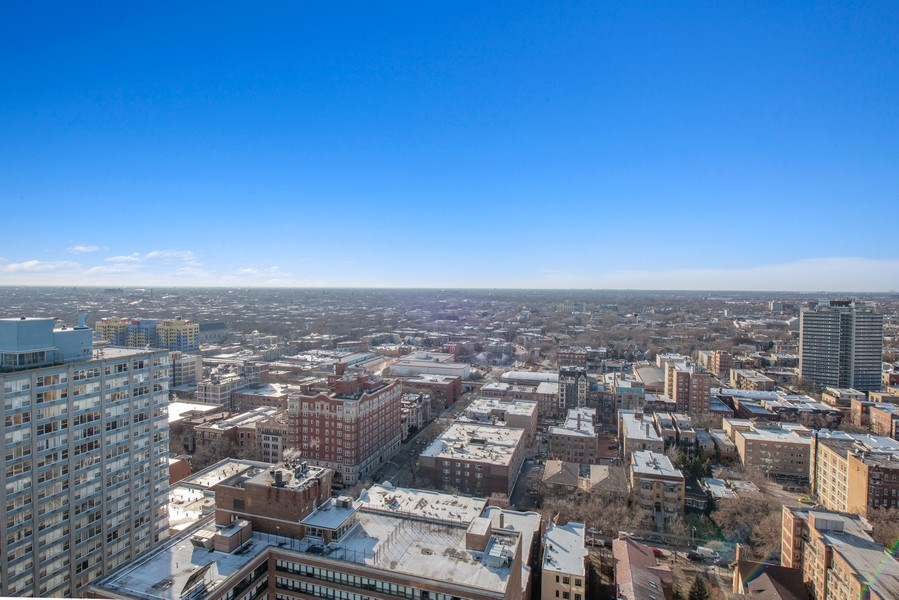 Real Estate Photography - 5701 N Sheridan Rd, Unit 29A, Chicago, IL, 60660 - View