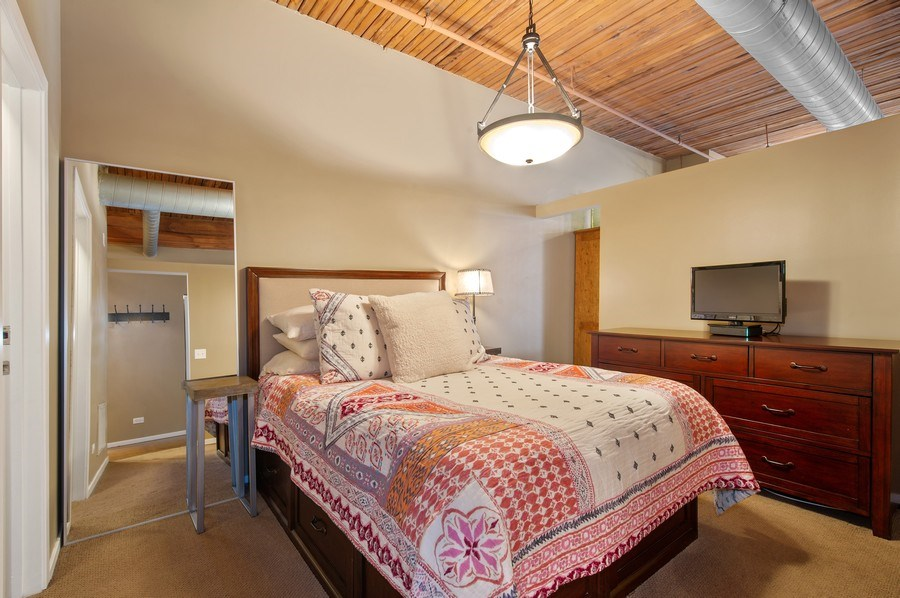 Real Estate Photography - 550 N Kingsbury St, unit 416, Chicago, IL, 60654 - Master Bedroom