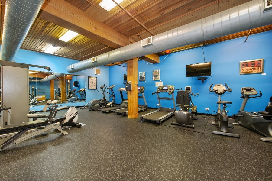 Real Estate Photography - 550 N Kingsbury St, unit 416, Chicago, IL, 60654 - Gym