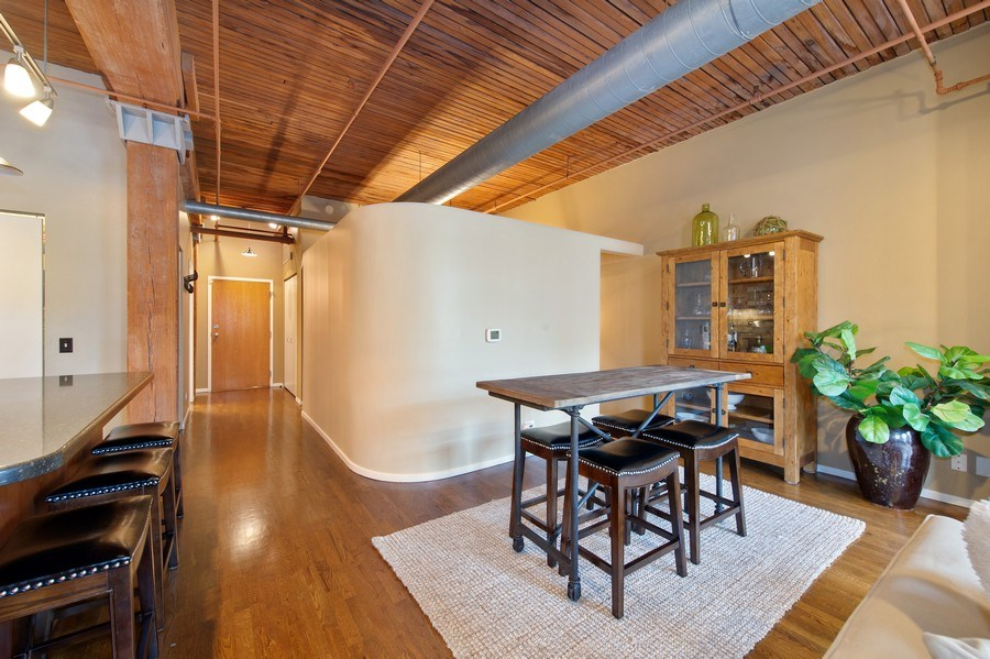 Real Estate Photography - 550 N Kingsbury St, unit 416, Chicago, IL, 60654 - Dining Room