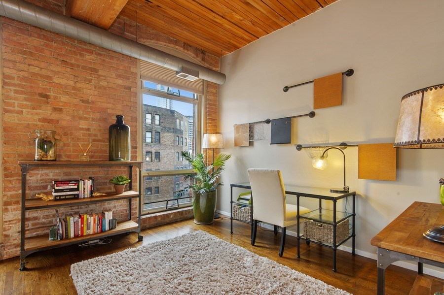 Real Estate Photography - 550 N Kingsbury St, unit 416, Chicago, IL, 60654 - Den