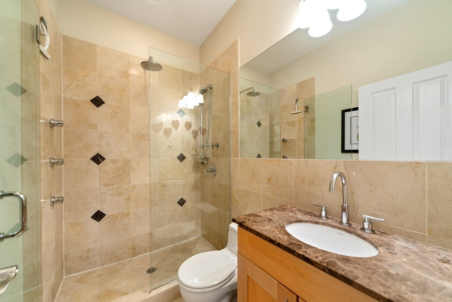 Real Estate Photography - 2115 W. Chicago #4, Chicago, IL, 60622 - Bathroom