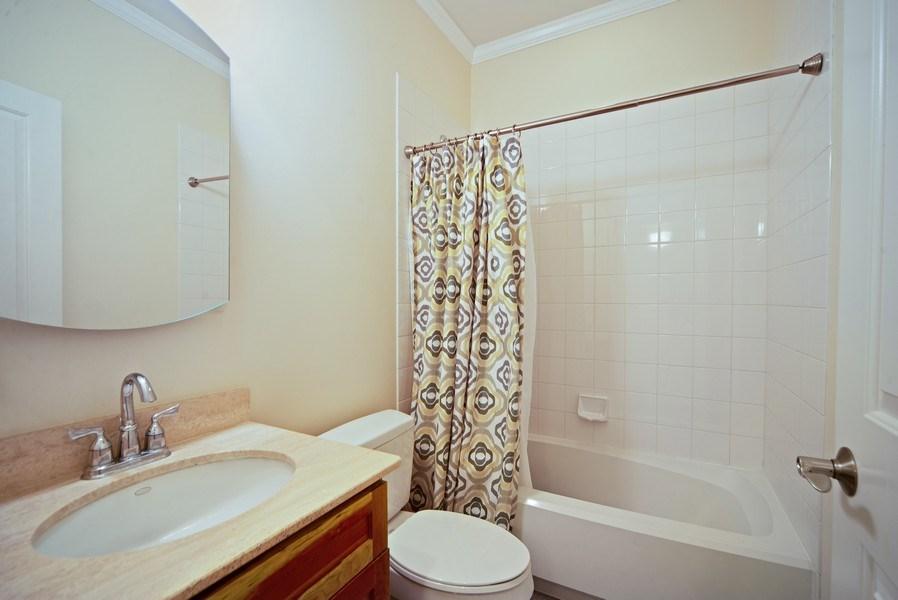Real Estate Photography - 2717 W. Dakin, Chicago, IL, 60618 - Second Bath