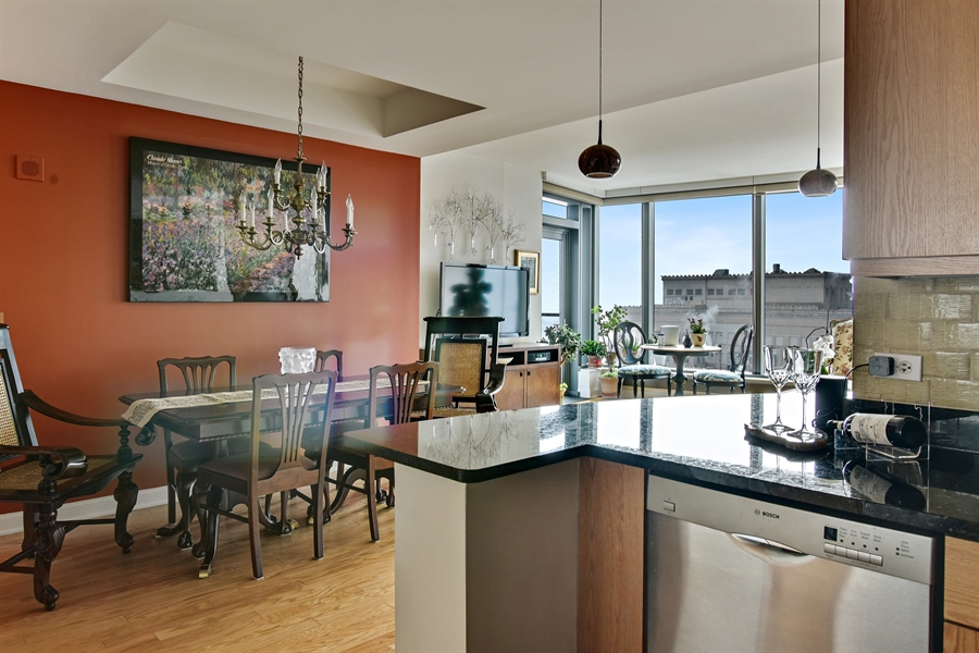 Real Estate Photography - 60 E monroe, 2503, Chicago, IL, 60603 - Kitchen/Dining
