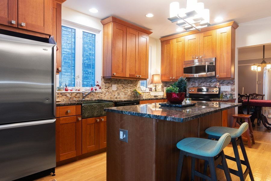 Real Estate Photography - 3537 N Racine Ave, Chicago, IL, 60657 - Kitchen