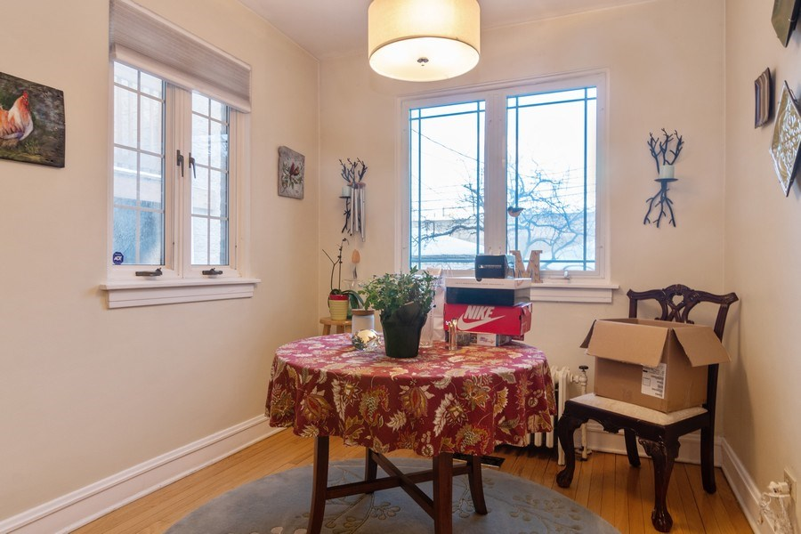 Real Estate Photography - 3537 N Racine Ave, Chicago, IL, 60657 - Breakfast Nook