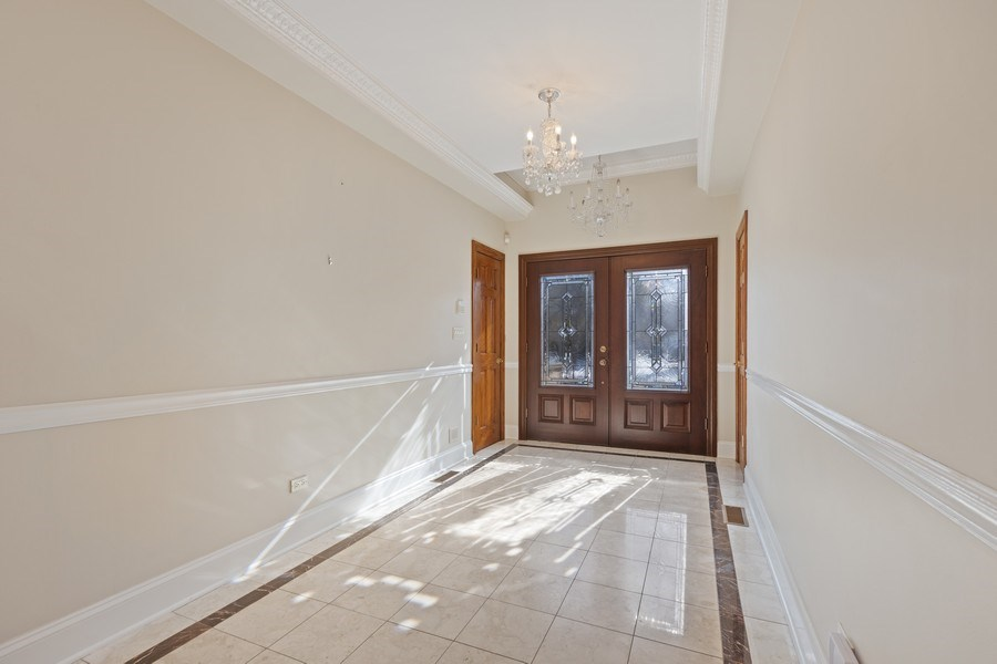 Real Estate Photography - 847 Ash, Winnetka, IL, 60093 - Foyer