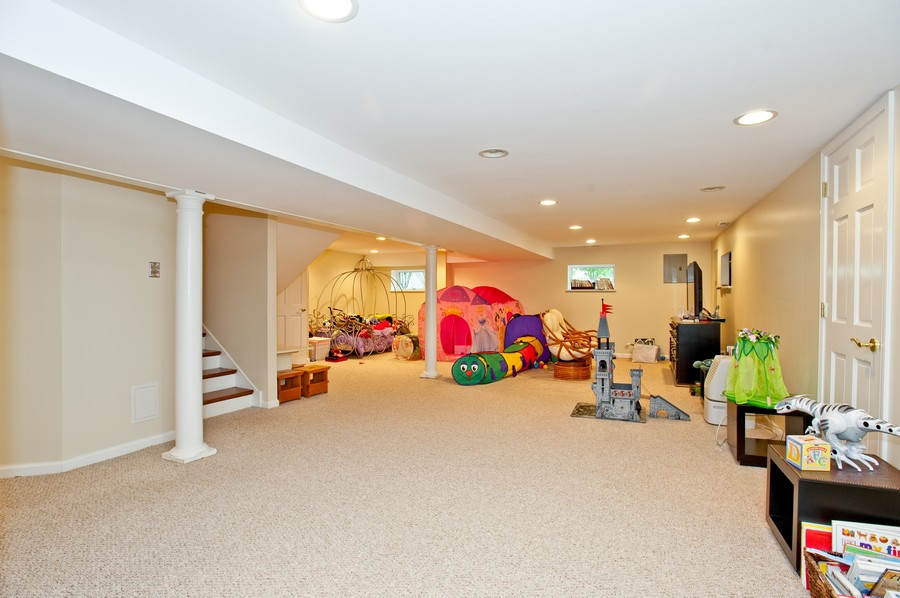 Real Estate Photography - 847 Ash, Winnetka, IL, 60093 - Playroom