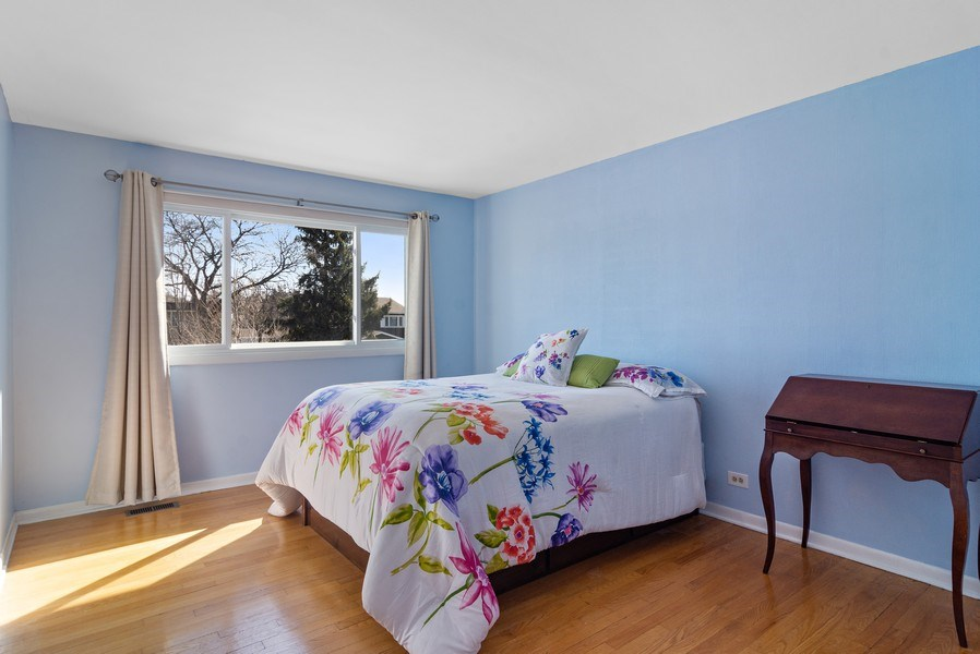 Real Estate Photography - 2308 N Evergreen, Arlington Heights, IL, 60004 - 2nd Bedroom