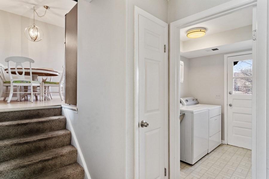 Real Estate Photography - 2308 N Evergreen, Arlington Heights, IL, 60004 - Hallway