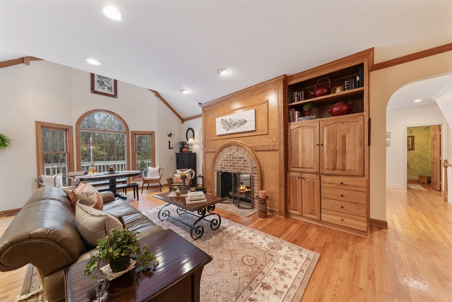 Real Estate Photography - 1 Burning Oak Trail, Barrington Hills, IL, 60010 - Family Room