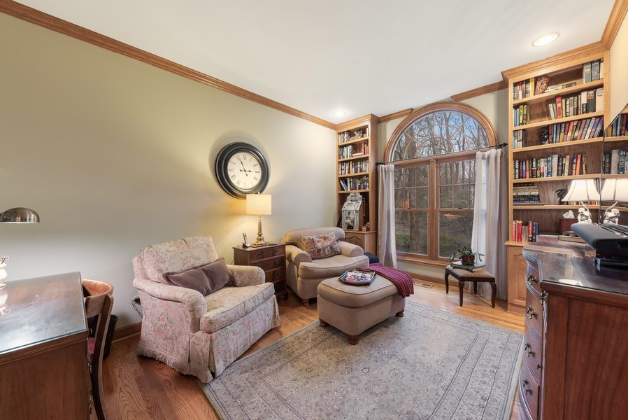 Real Estate Photography - 1 Burning Oak Trail, Barrington Hills, IL, 60010 - Office