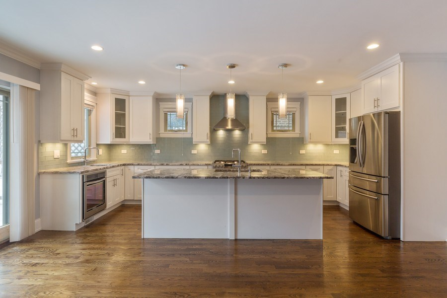 Real Estate Photography - 6041 N St Louis Ave, Chicago, IL, 60659 - Kitchen