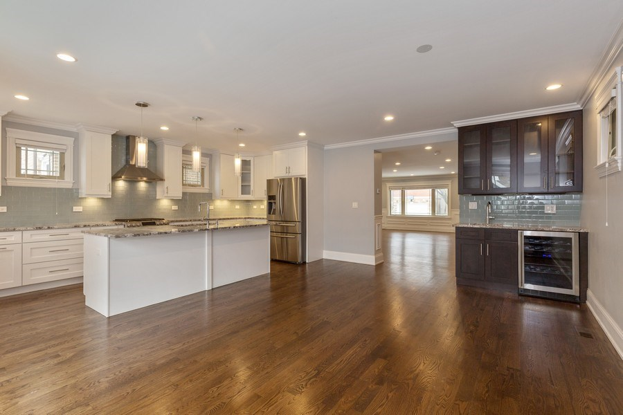 Real Estate Photography - 6041 N St Louis Ave, Chicago, IL, 60659 - Kitchen / Breakfast Room
