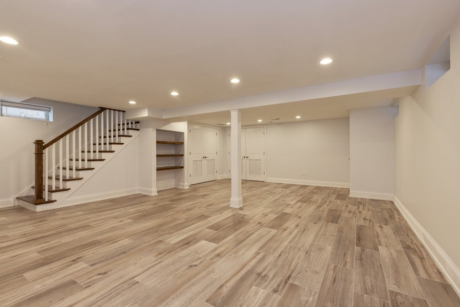 Real Estate Photography - 6041 N St Louis Ave, Chicago, IL, 60659 - Family Room