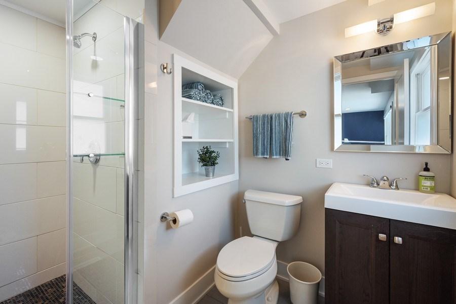 Real Estate Photography - 1202 Prairie Ave, Barrington, IL, 60010 - LL Bathroom